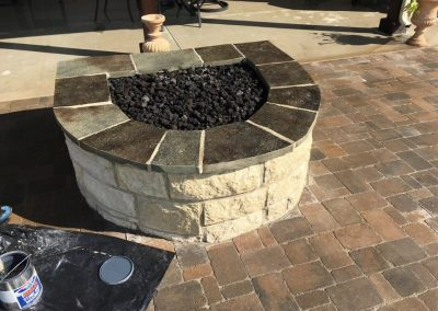 Round stone paver fire pit